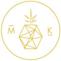 Pineapple Logo for Maxeen Kim Photography